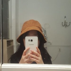 H&M COACHELLA Bucket Hat